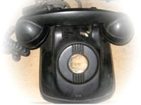 圖貳-11 共電式電話機