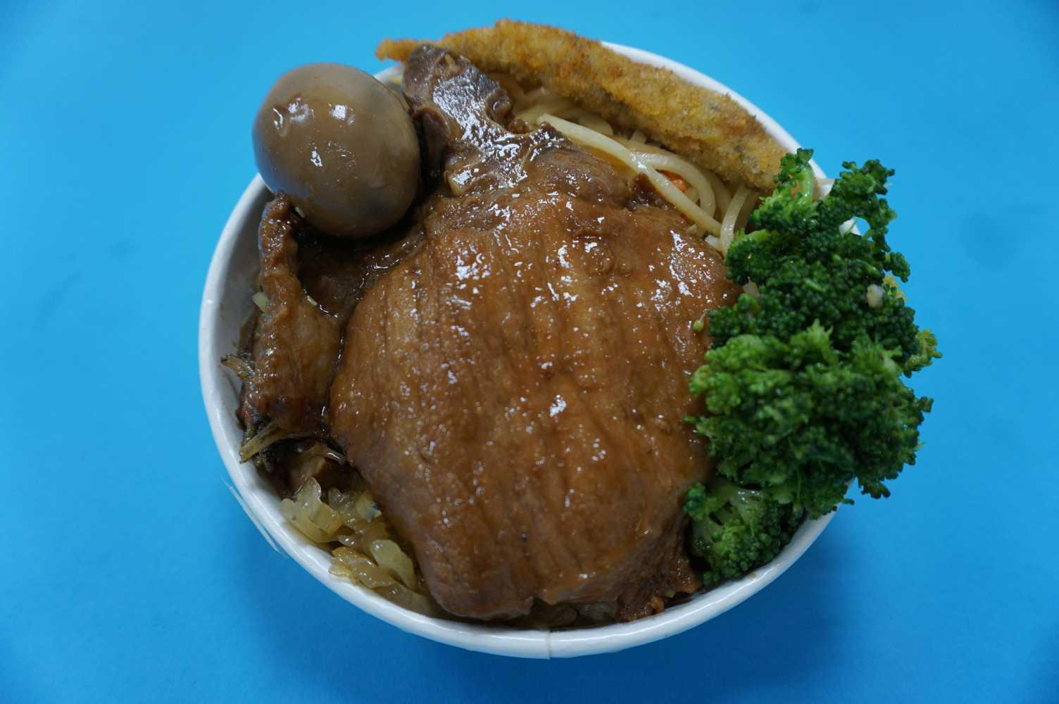 懷舊排骨菜飯(圓盒)